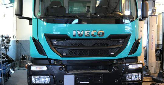 Iveco Trakker AD260T45